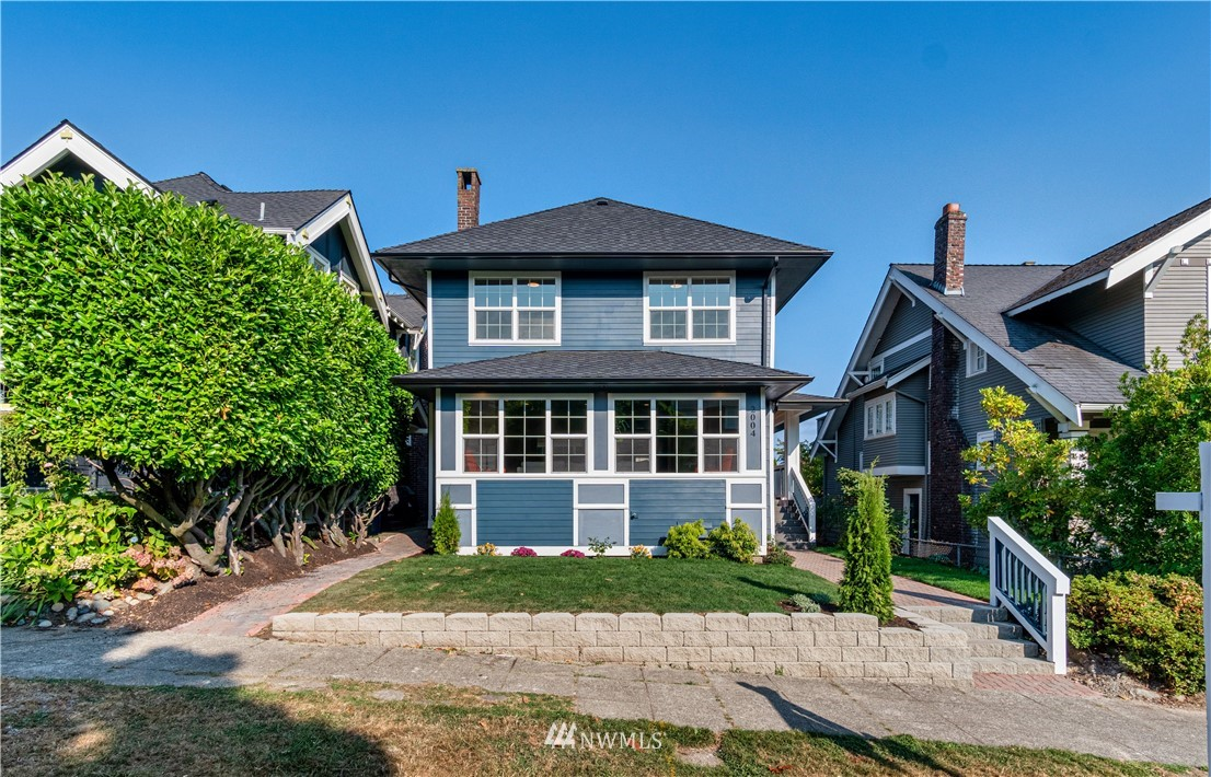 Details for 2004 33rd Avenue S, Seattle, WA 98144