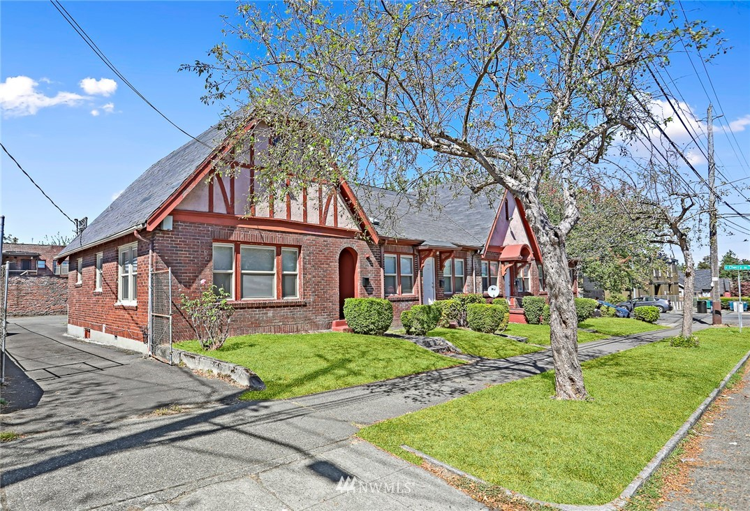 Details for 553 26th Avenue, Seattle, WA 98122