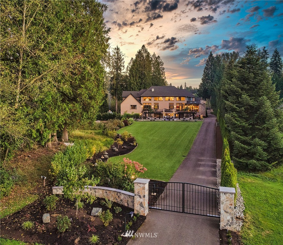Details for 13636 202nd Avenue Ne, Woodinville, WA 98077