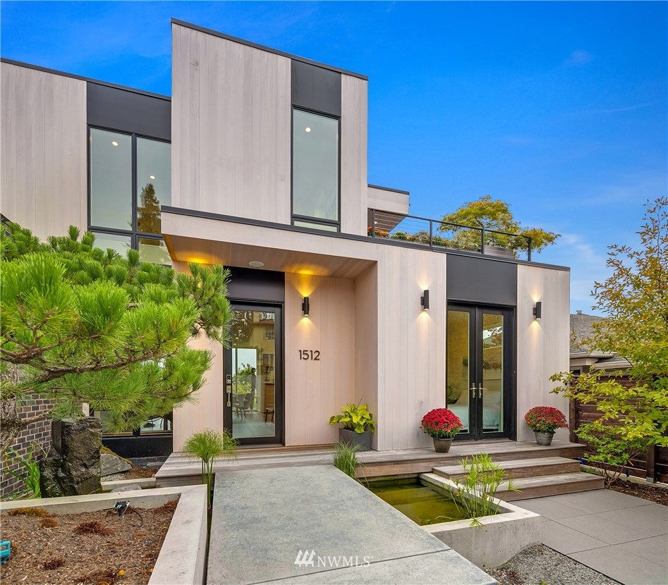 Details for 1512 32nd Avenue S, Seattle, WA 98144