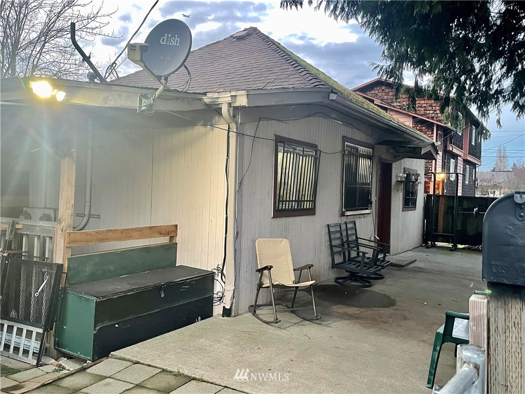 Details for 4113 37th Avenue S 2, Seattle, WA 98118