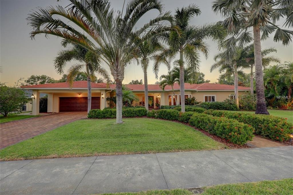 Details for 204 Palmetto Road, BELLEAIR, FL 33756