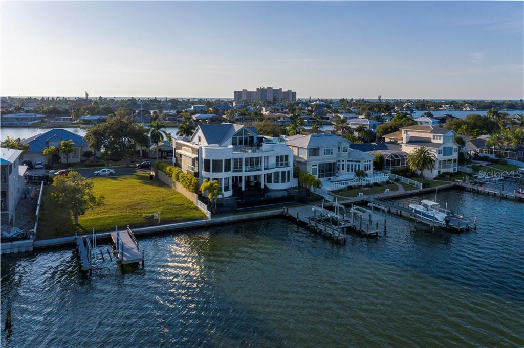 Details for 837 Harbor Island, CLEARWATER, FL 33767