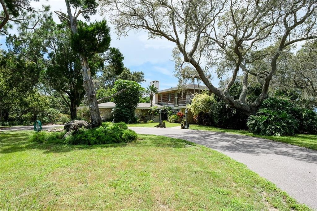 Image 10 For 2825 Bluff Boulevard