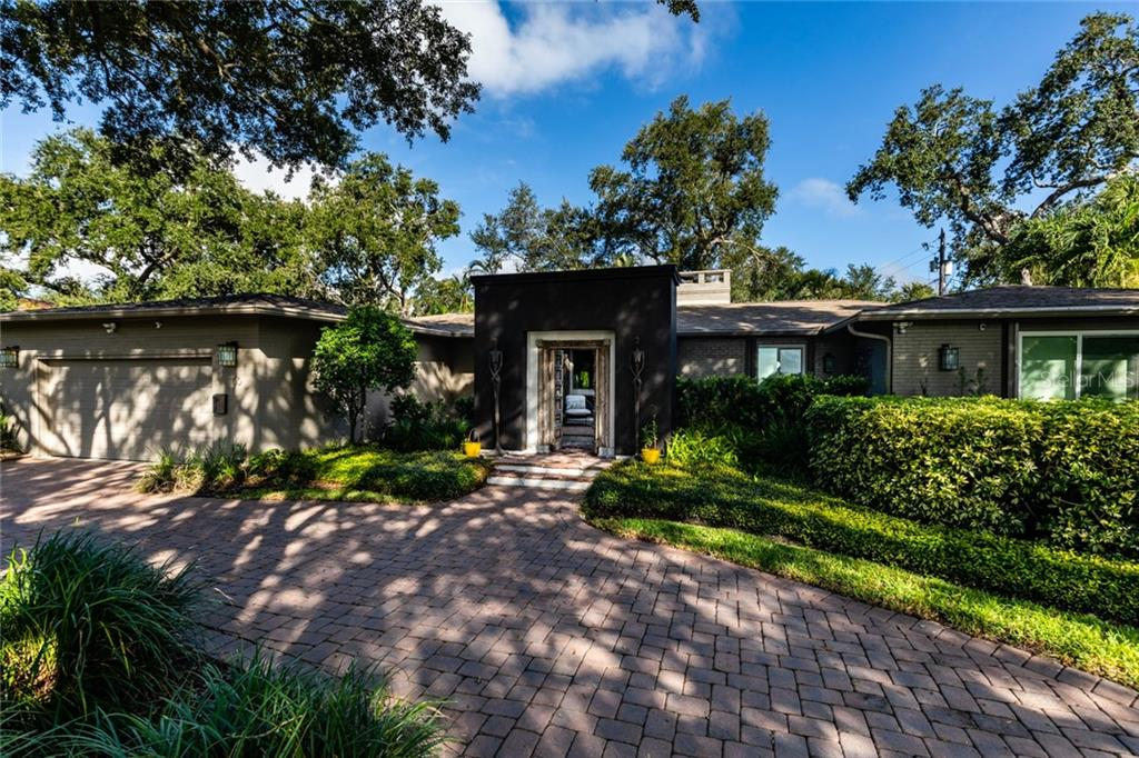 Image 4 For 1100 Brightwaters Boulevard Ne