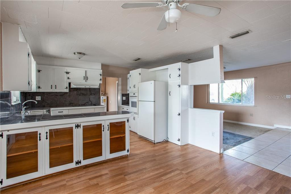 Image 11 For 5322 60th Street
