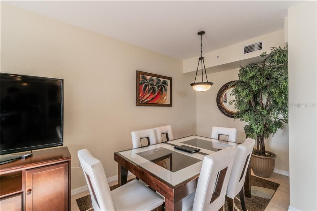Image 12 For 12000 Gulf Boulevard 410-s
