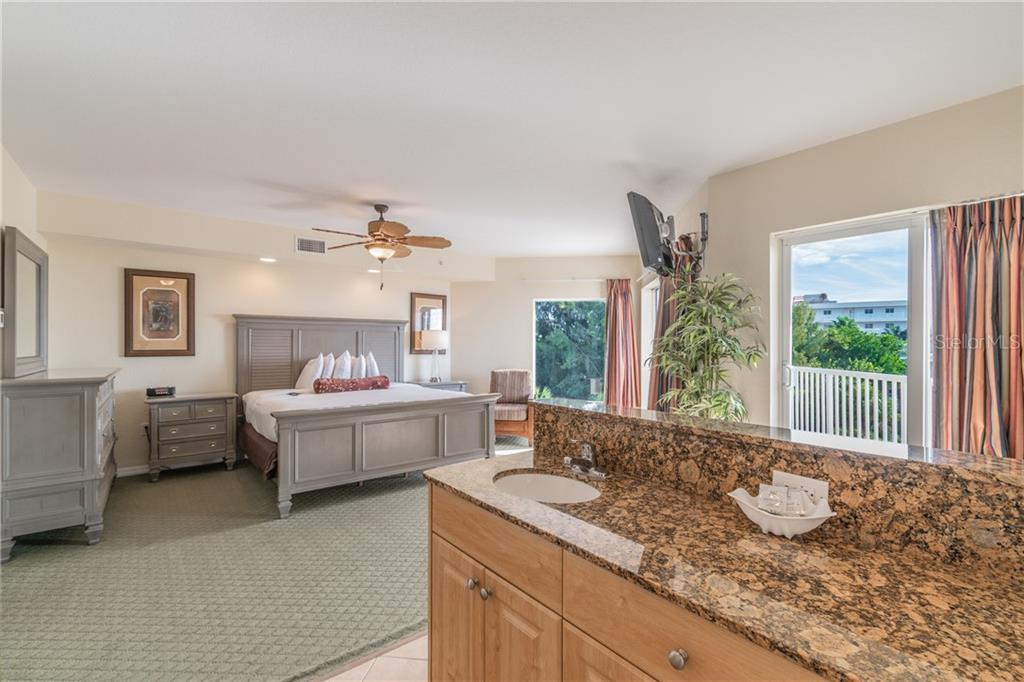 Image 15 For 12000 Gulf Boulevard 410-s