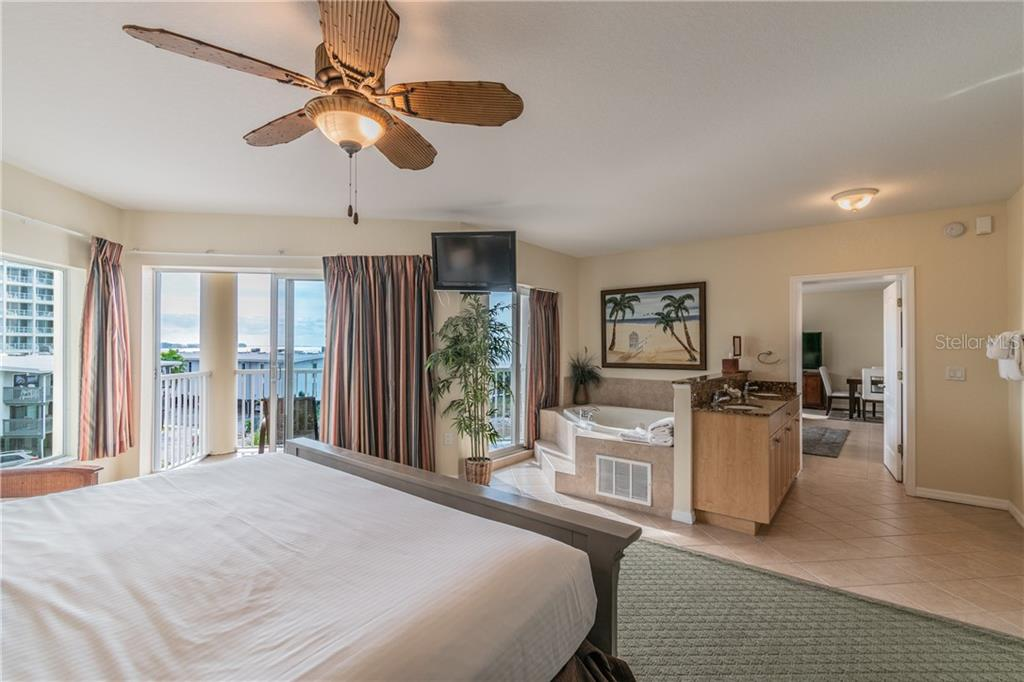 Image 16 For 12000 Gulf Boulevard 410-s