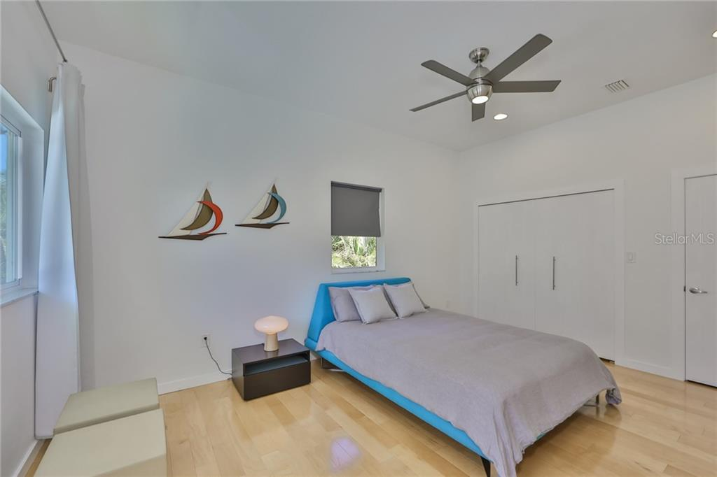 Image 37 For 7622 138th Street