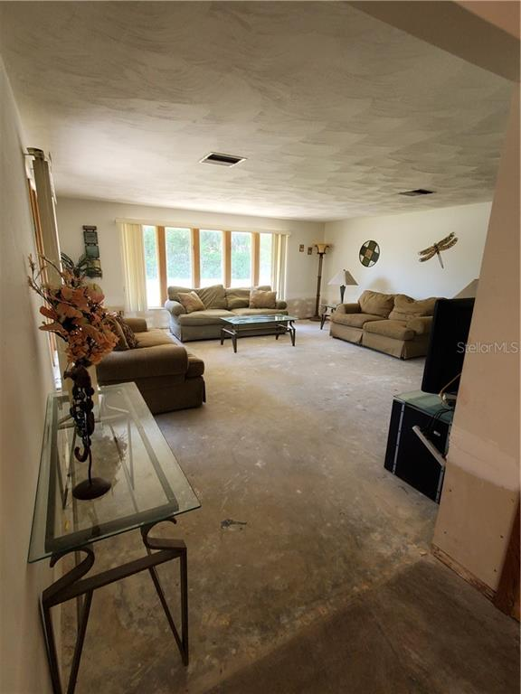 Listing photo id  for 222 Kings Bay Drive