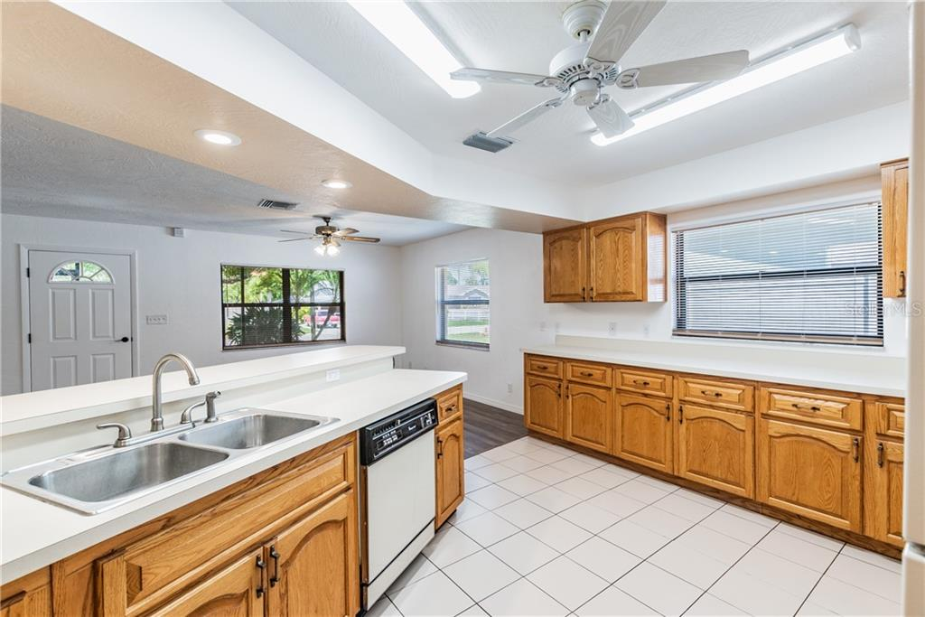 Image 12 For 2562 57th Avenue N