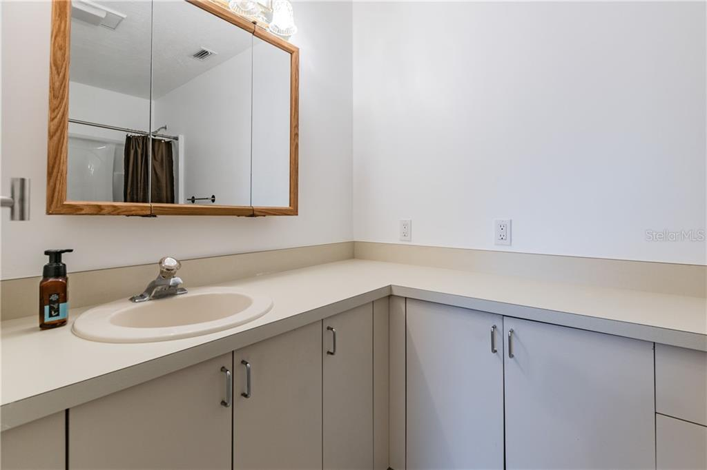 Image 30 For 2562 57th Avenue N