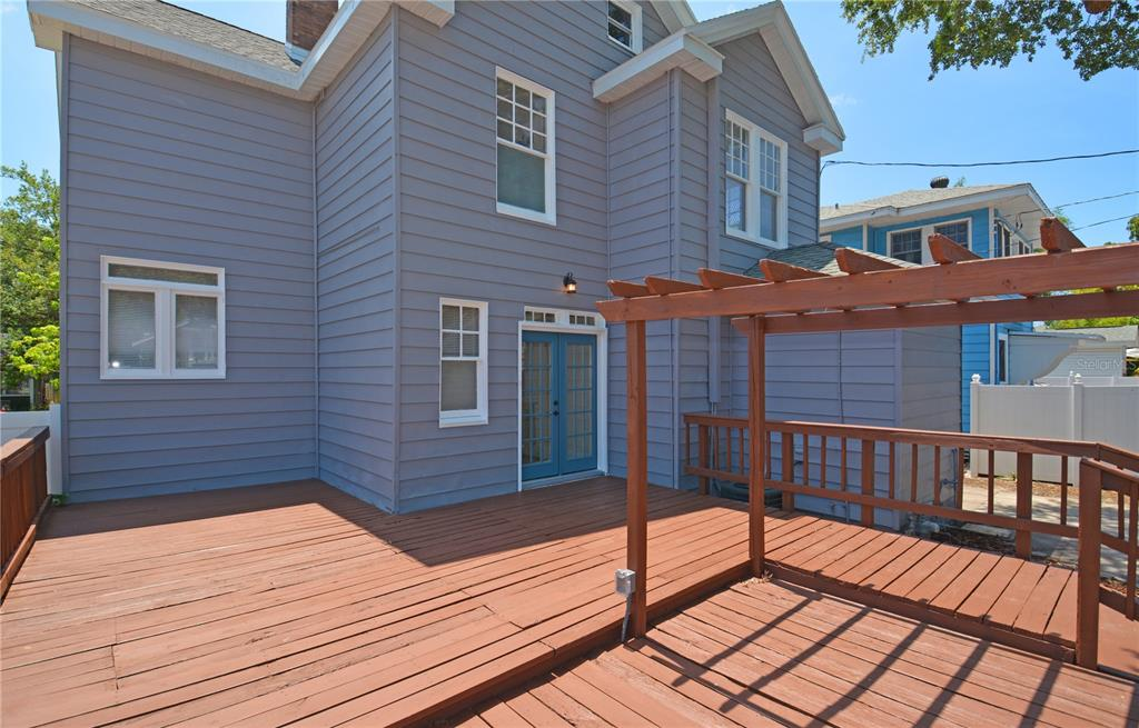 Image 37 For 235 21st Avenue N