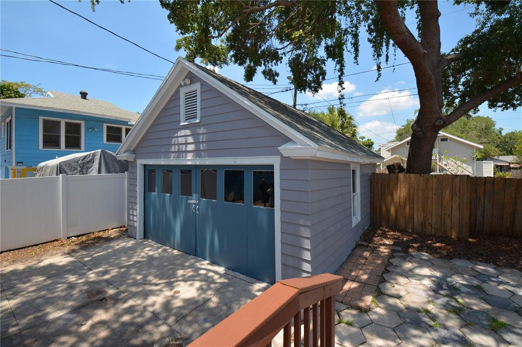 Image 38 For 235 21st Avenue N
