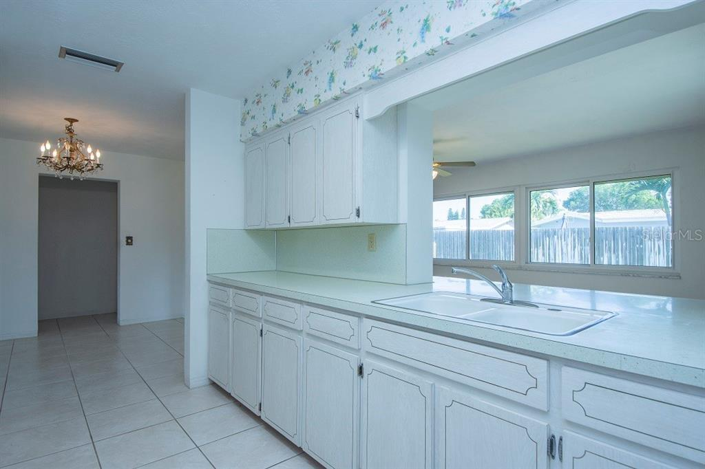 Image 11 For 5913 27th Avenue N