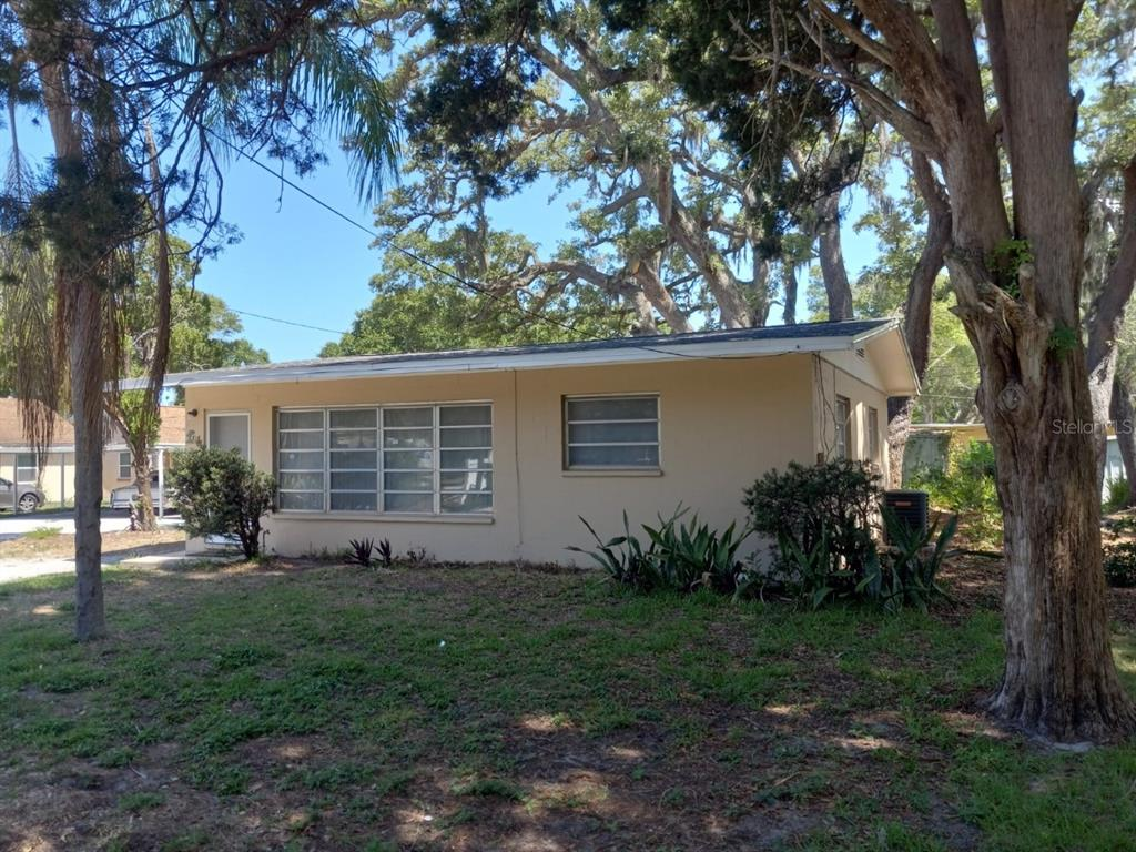 Details for 714 15th Avenue Nw, LARGO, FL 33770