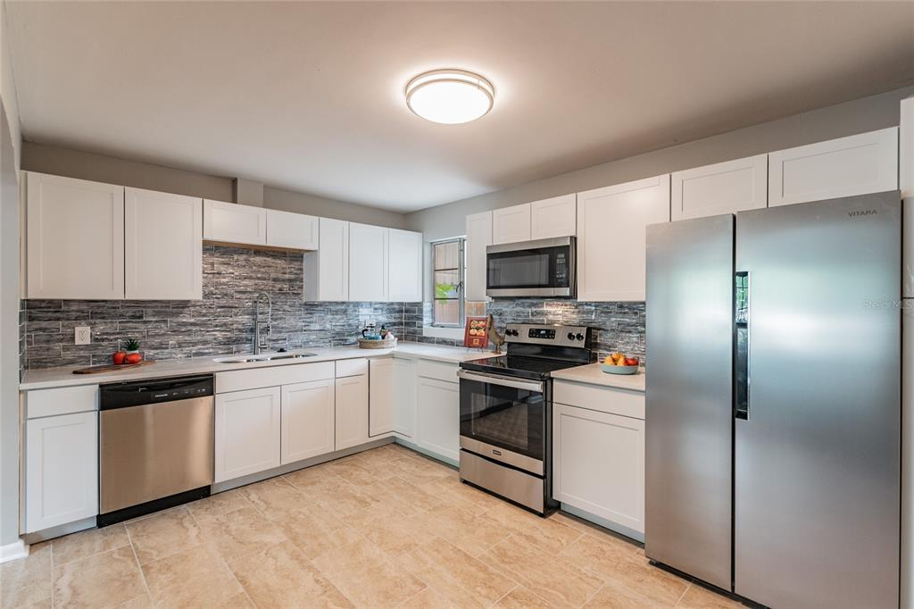 Image 10 For 2918 49th Street N
