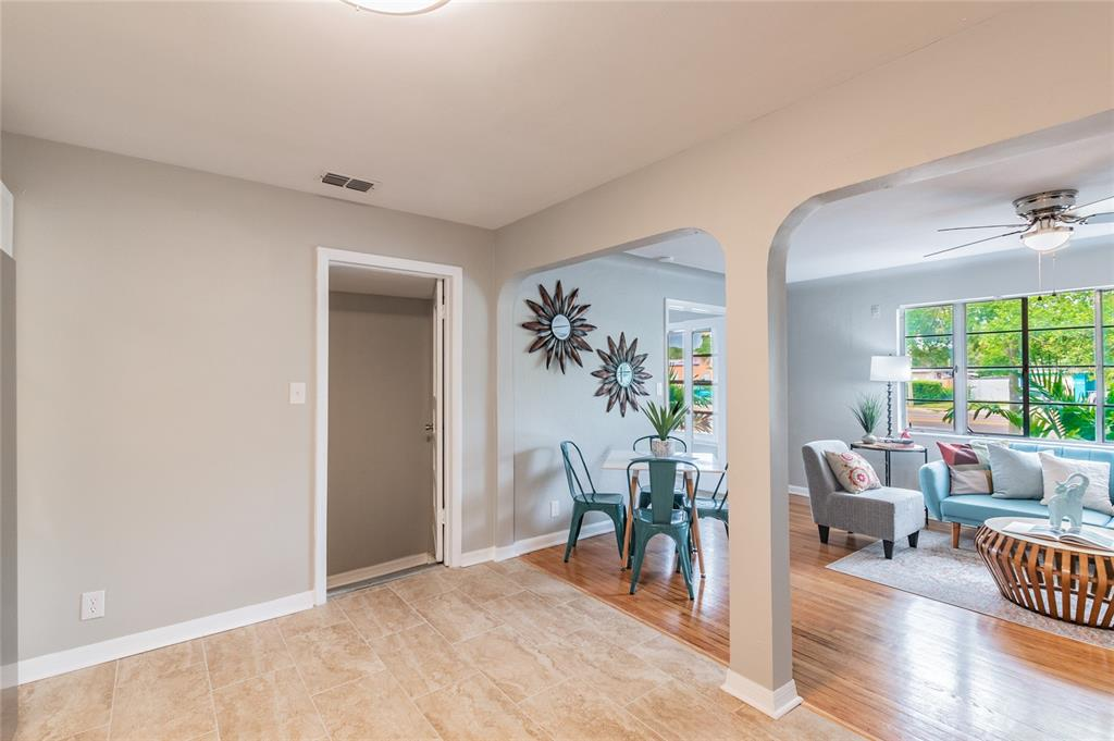 Image 12 For 2918 49th Street N