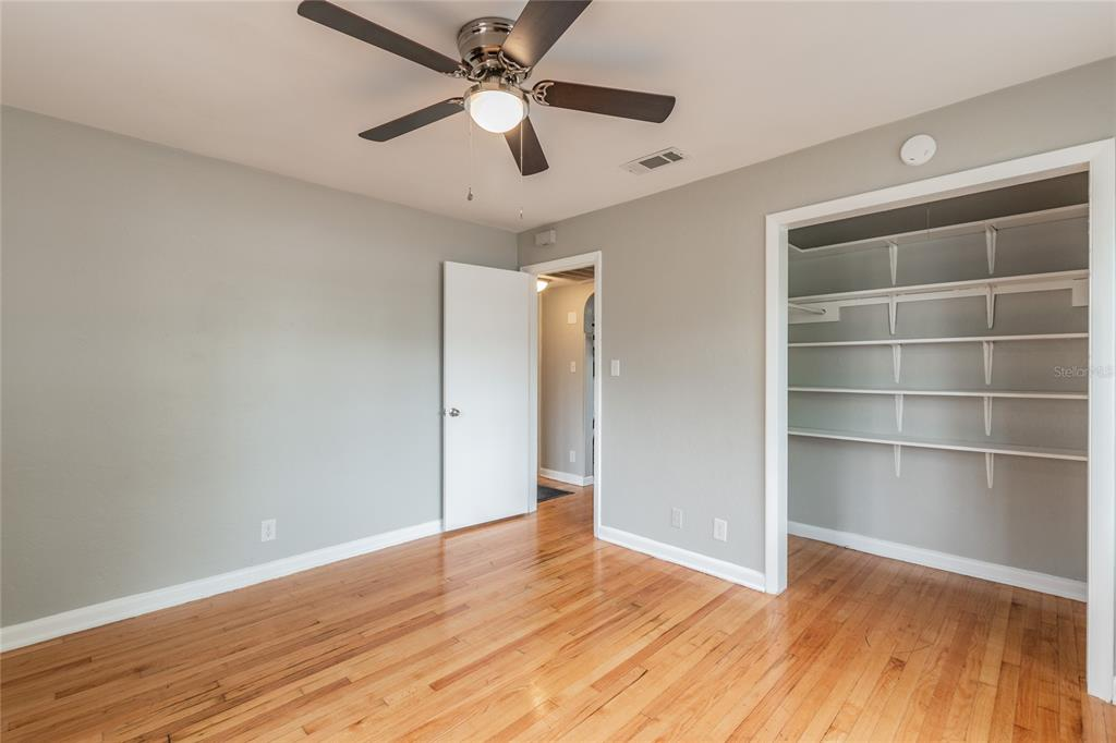 Image 16 For 2918 49th Street N
