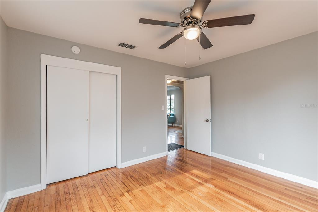 Image 20 For 2918 49th Street N