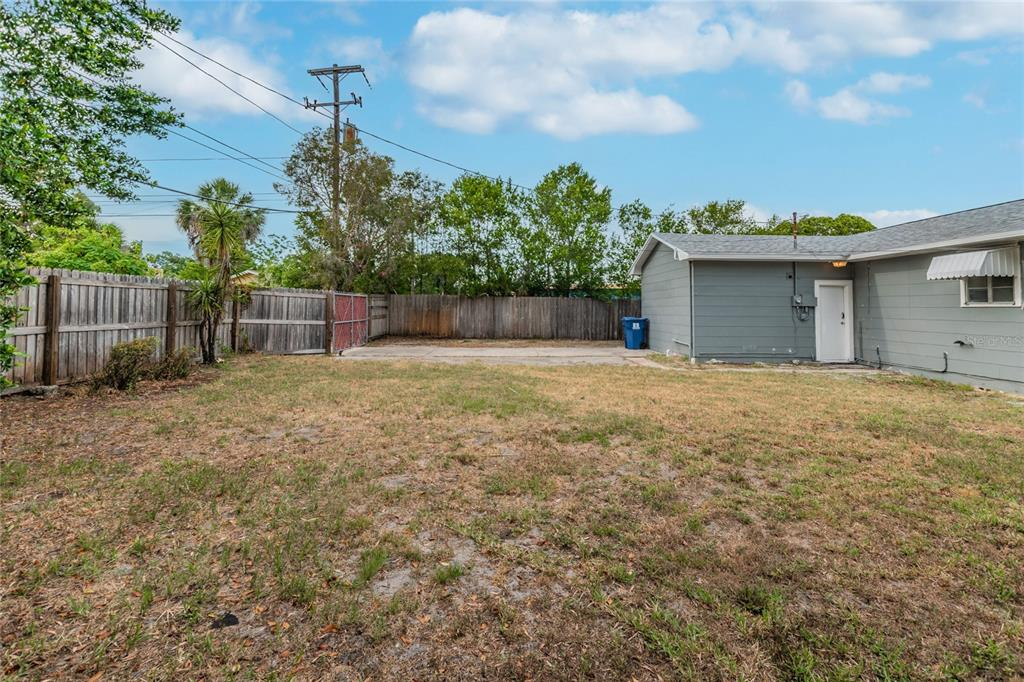 Image 33 For 2918 49th Street N