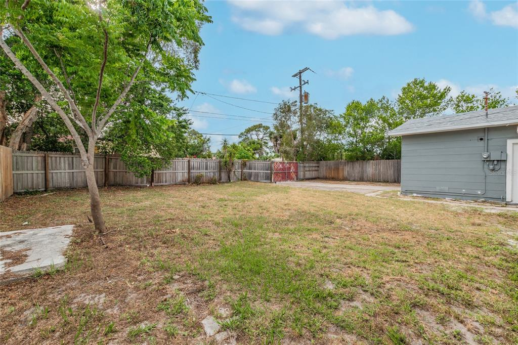 Image 34 For 2918 49th Street N