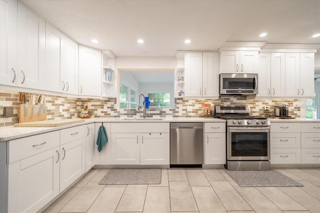 Image 12 For 8279 29th Avenue N