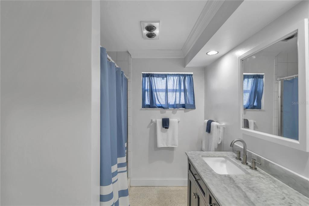 Image 14 For 236 2nd Street W