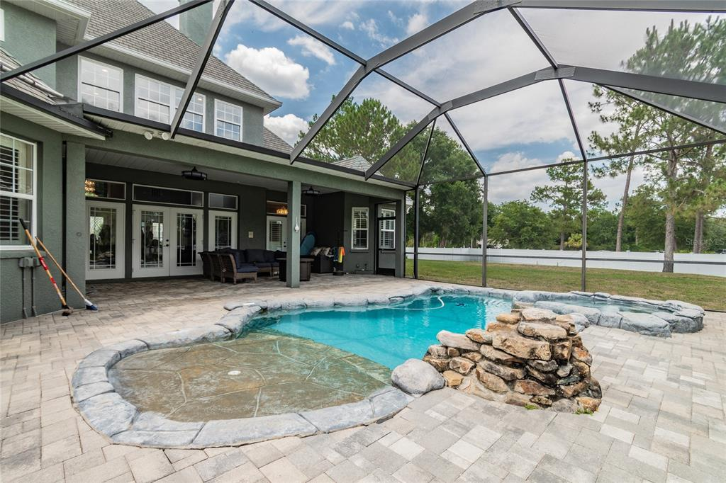 Listing photo id  for 8426 Spring Forest Lane