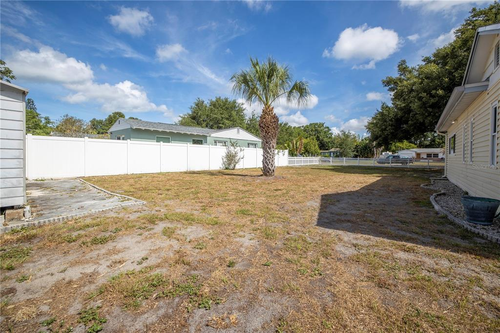 Image 40 For 220 62nd Street N