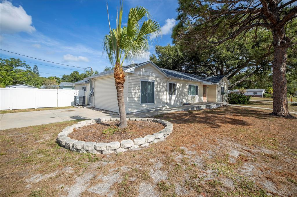 Image 47 For 220 62nd Street N