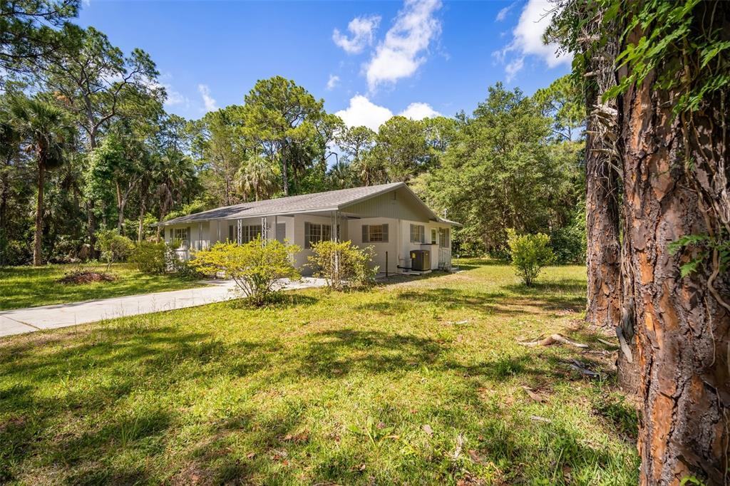 Listing photo id  for 8492 Ivy Place