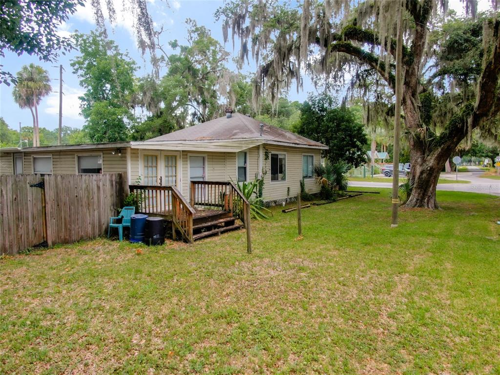 Listing photo id  for 406 1st Avenue