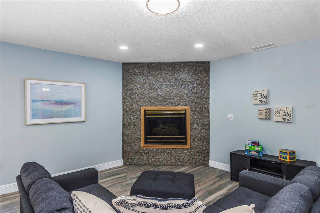 Image 60 For 9331 Elaine Drive