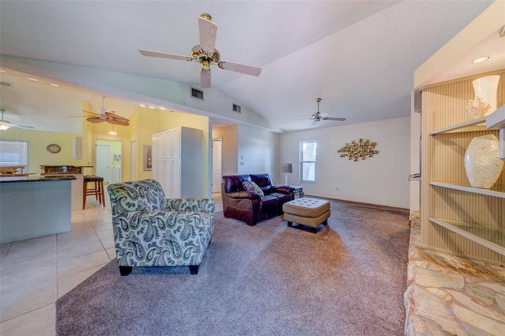 Image 12 For 500 Fernshire Drive