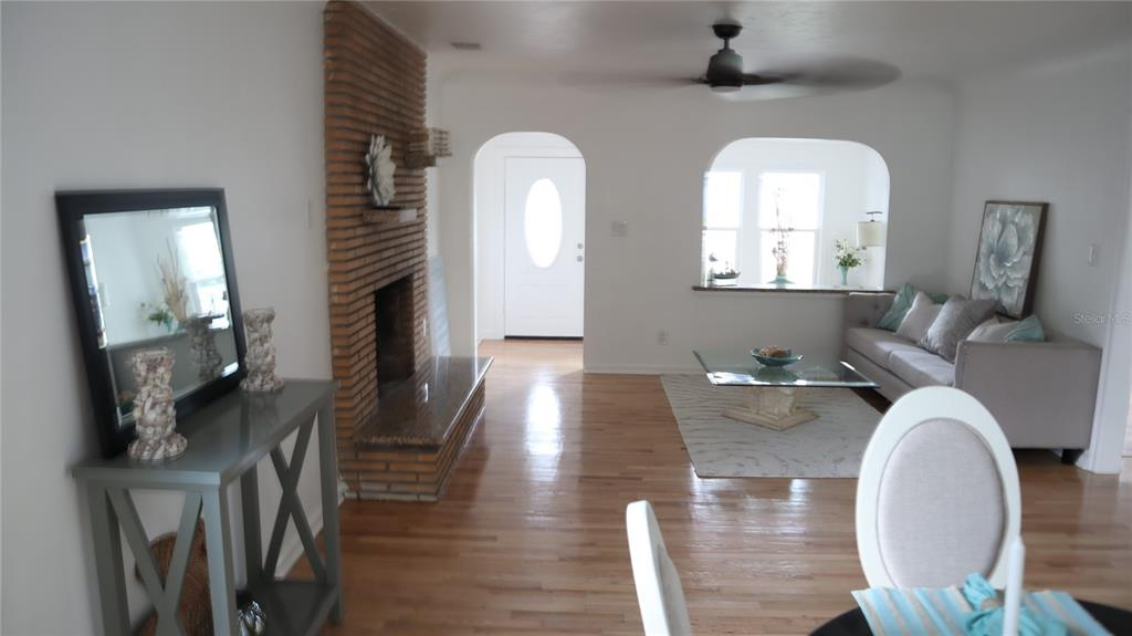 Image 4 of 63 For 2220 5th Avenue N