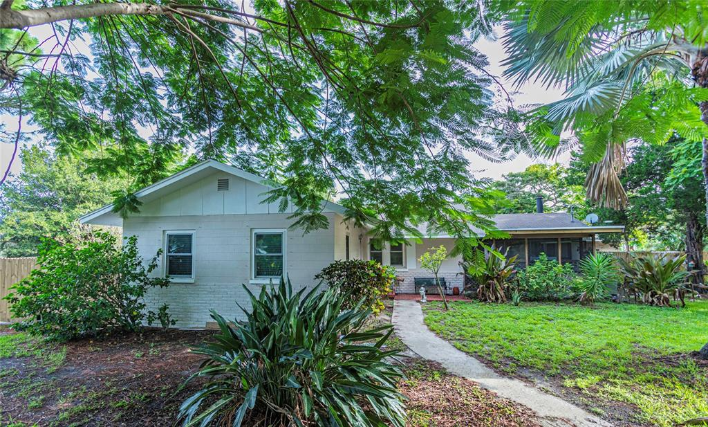 Image 2 For 6091 102 Avenue N