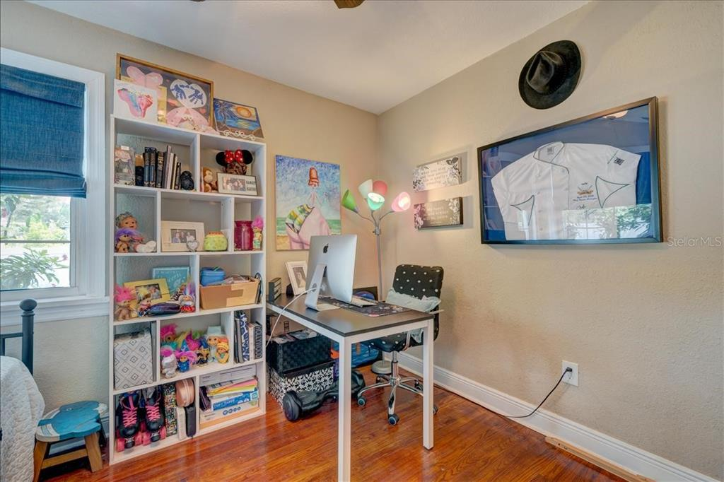 Image 12 For 2222 51st Street S