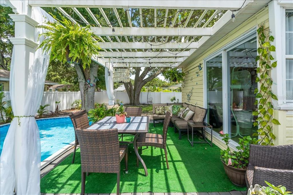 Image 9 For 2222 51st Street S