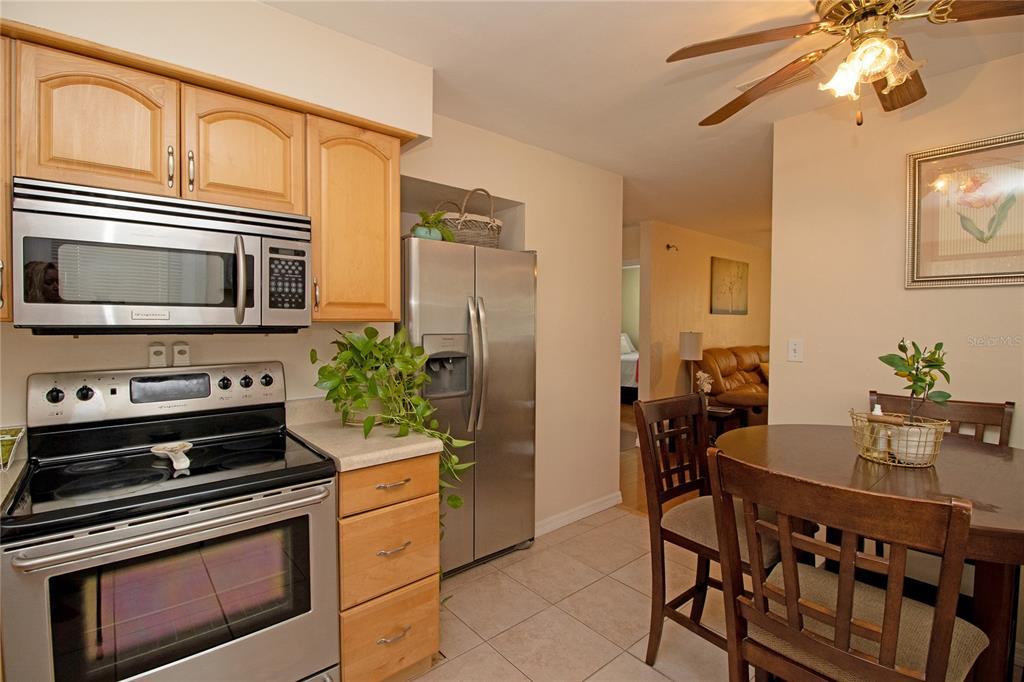 Image 12 For 745 71st Avenue N