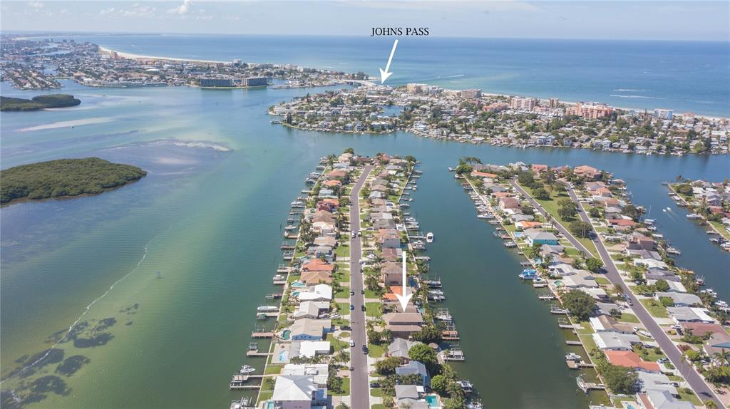 Image 10 of 80 For 532 Johns Pass Avenue