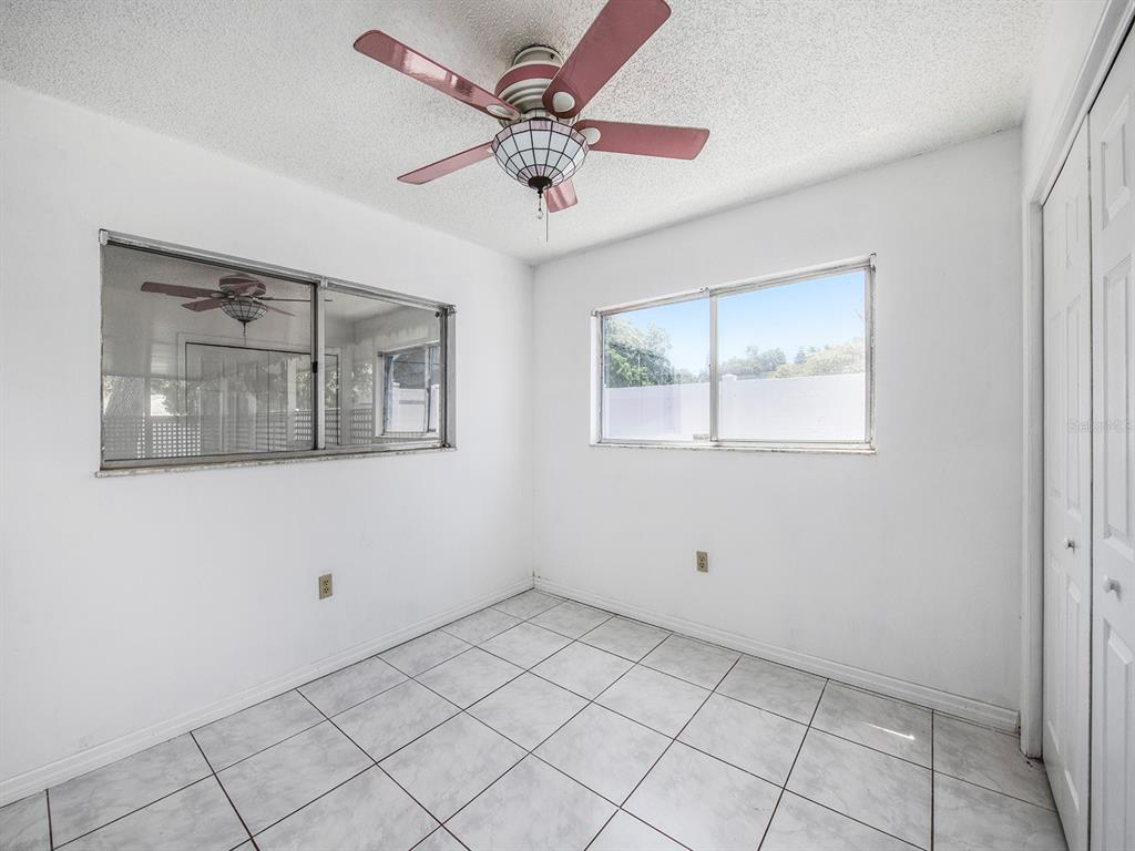 Image 16 of 20 For 10869 65th Way N