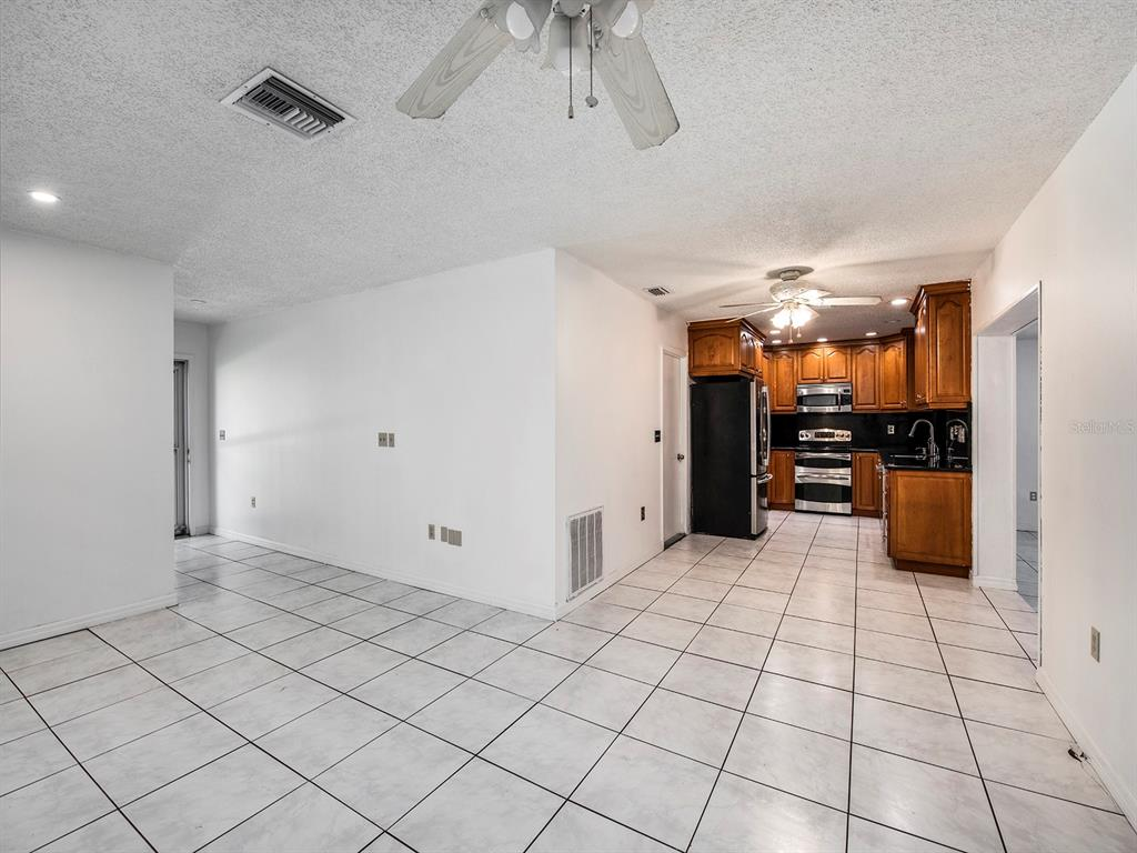 Image 7 of 20 For 10869 65th Way N