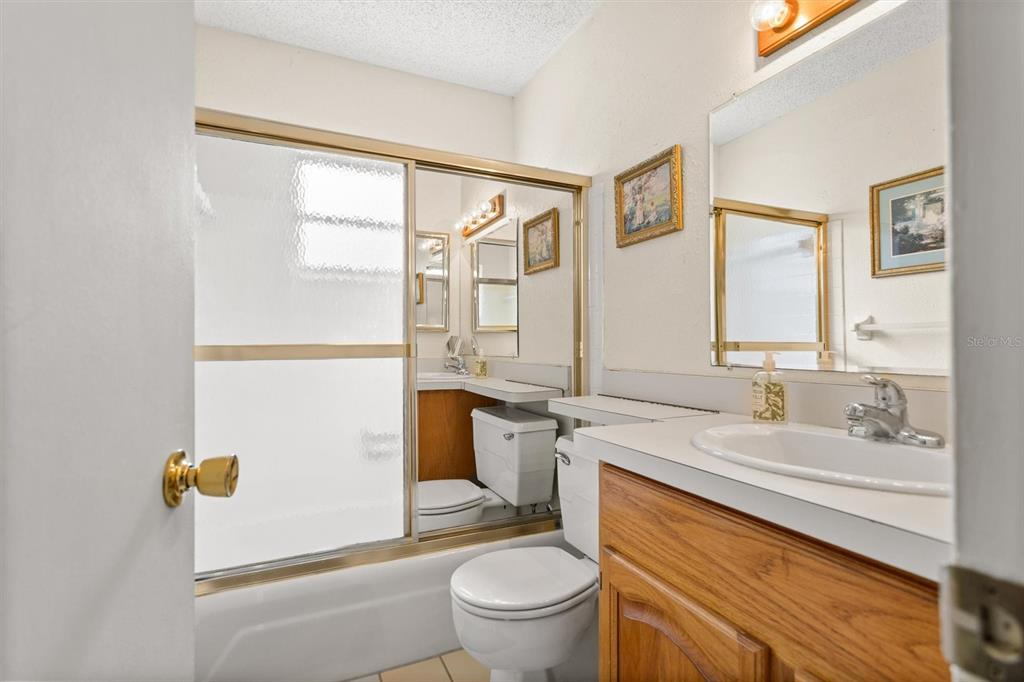 Image 17 of 47 For 1480 83rd Avenue N