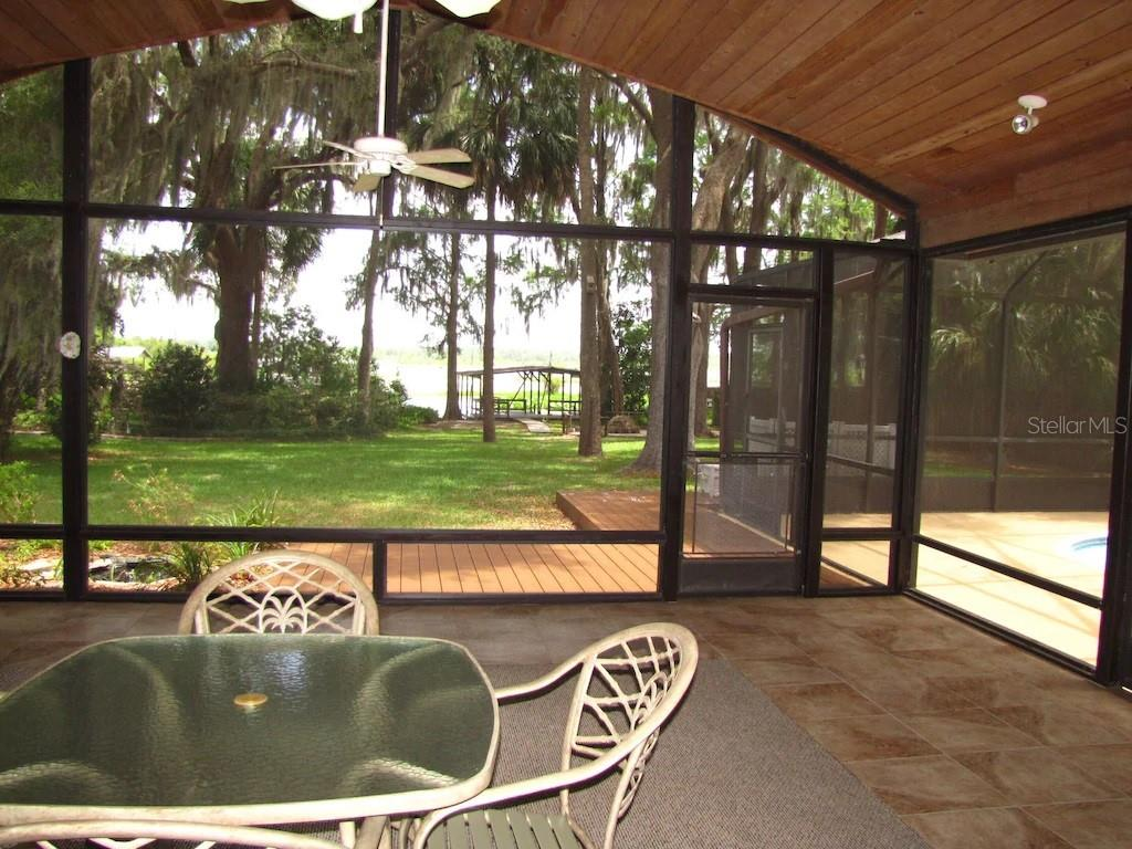 Listing photo id  for 6225 Riverbend Road