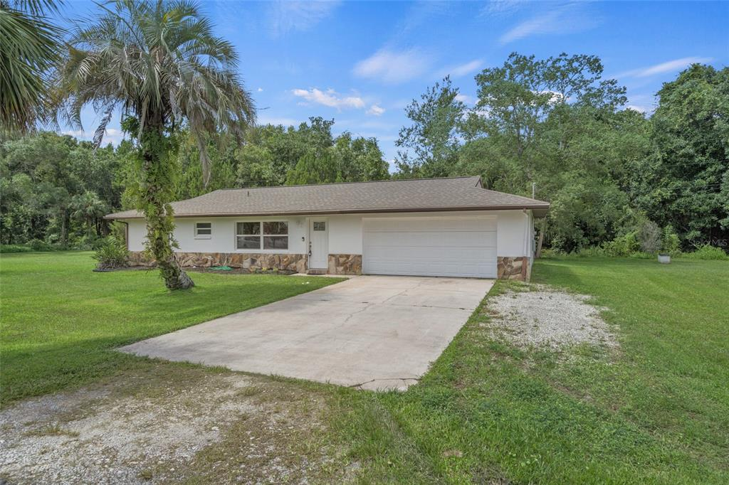 Listing photo id  for 1040 Fan Palm Point