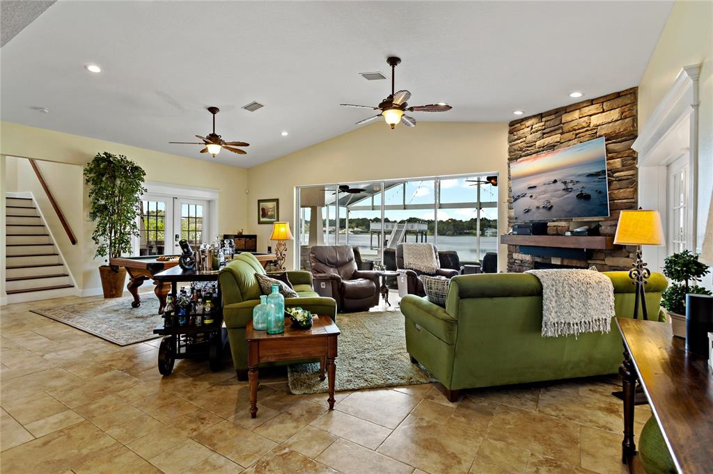 Image 10 of 82 For 22757 Southshore Drive