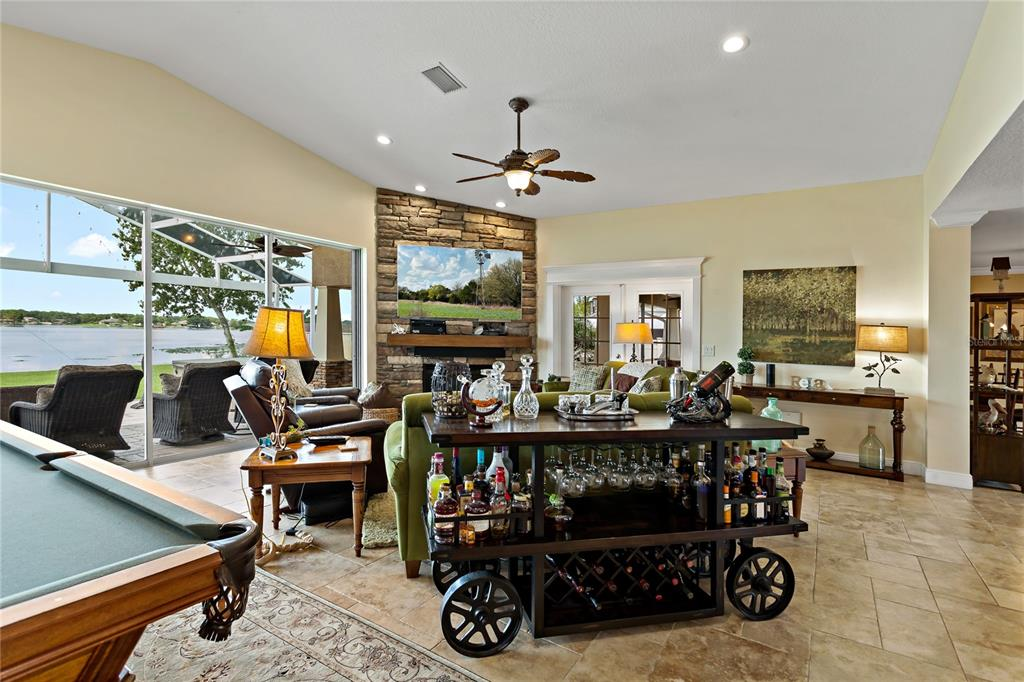 Image 11 of 82 For 22757 Southshore Drive
