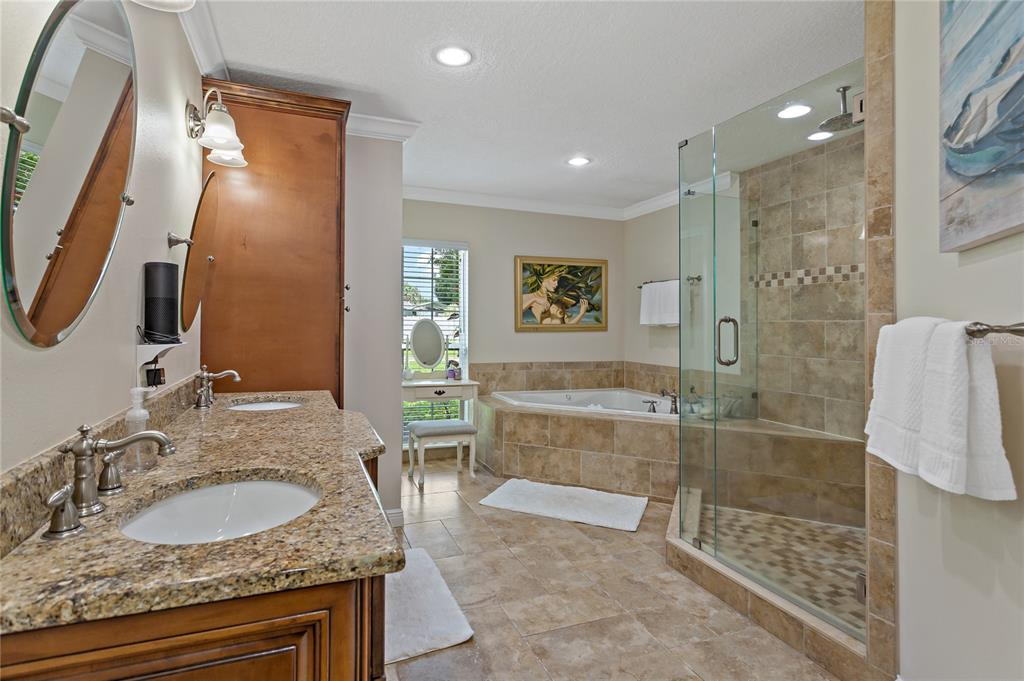 Image 15 of 82 For 22757 Southshore Drive